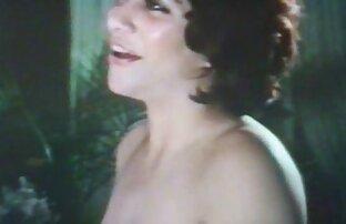 Fraulein de pelo corto trajo ver peliculas porno español latino Herr calvo